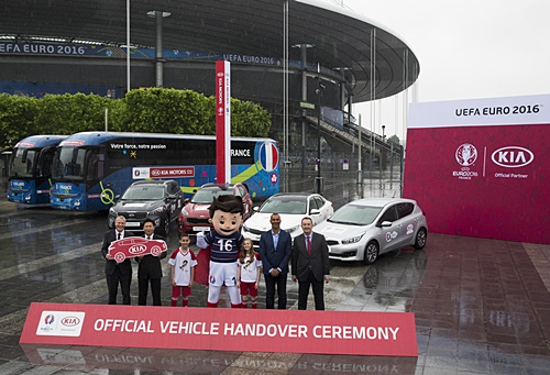 Hyundai & Kia UEFA EURO 2016™- Official Vehicle Handover Ceremony at Stade de France in Paris, France, 30th May 2016. Photo by Gero Breloer/ Hyundai & Kia